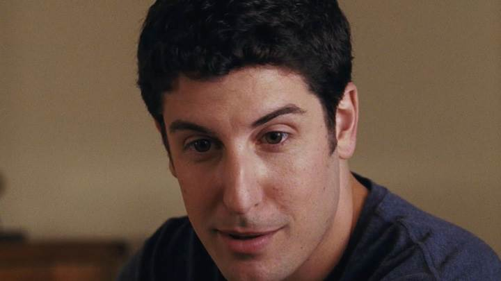 American Reunion – Jason Biggs In Black T-Shirt